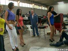 Surprise visit of Rachel Starr, Diamond Kitty, Alexis Fawx and Anastasia Morna