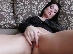 Horny Milf Lara Lost Hot Finger Pussy