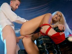 Blonde Blanche Bradburry in sexy high heels gets assfucked